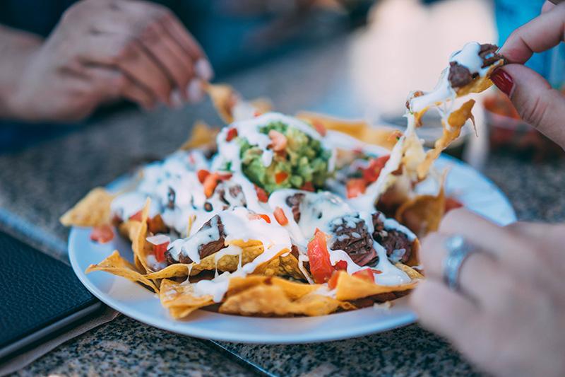 nachos guacamole à partager