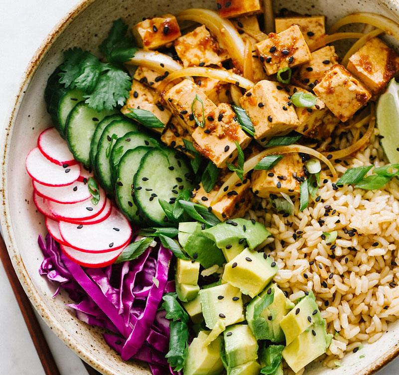 poke bowl vegan tofu avocat